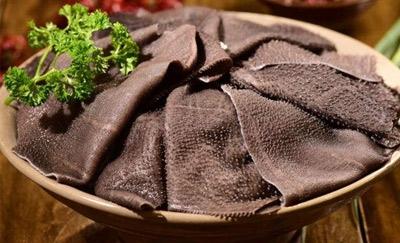 怎样在批发厂家采购中选择好的鲜毛肚?